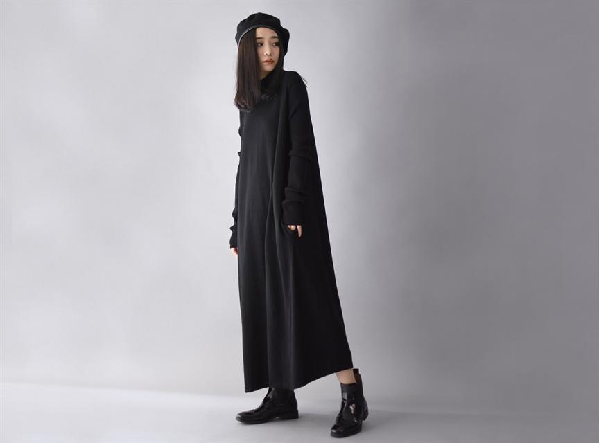 純色打底寬鬆洋裝(黑色)