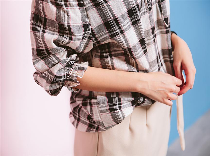 小清新格子鬆緊露肩一字領七分袖襯衫
