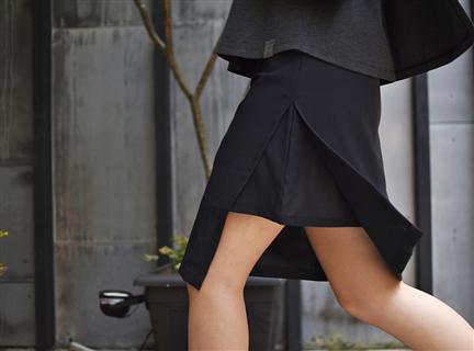 彈性網脇叉裙-黑