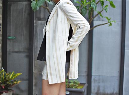 直條西裝外套-白