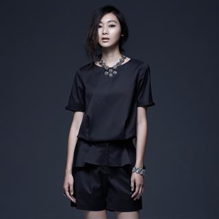 黑色環保纖維圓領打摺縮腰上衣