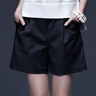 黑色口袋荷葉裝飾短褲