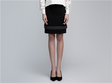 VACAE 羊毛剪裁半身裙 黑