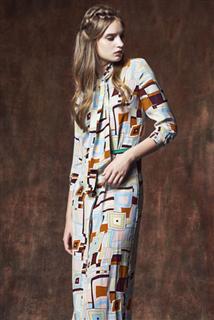 領巾長洋裝-幾何