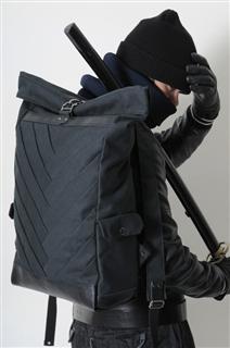 SAMURAI-手做皮革帆布捲蓋式後揹/筆電包