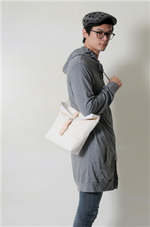 HALO-手做皮革純棉帆布折蓋式斜側揹/平板電腦包