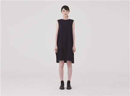 不對稱繭型洋裝