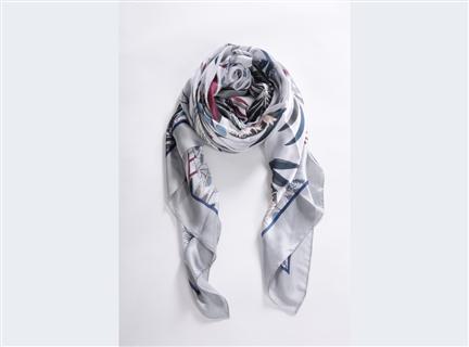 多彩荷花絲質披巾-灰
