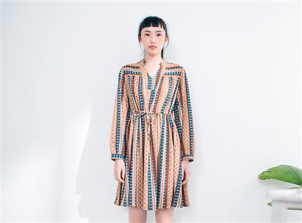 菱形圖騰民俗風收腰綁帶傘狀洋裝