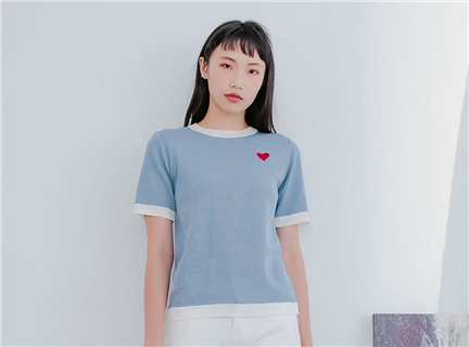 簡約愛心刺繡拼色圓領修身針織衫短袖T恤