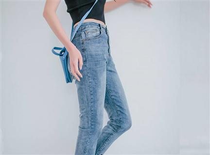 直筒高腰修身褲管抽鬚九分牛仔褲