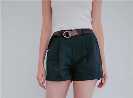 純色簡約百搭鬆緊高腰修身短褲 (附腰帶)