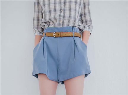 純色花苞腰設計寬鬆西裝高腰短褲